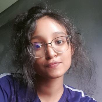 Babysitter in Singapore: Manisha