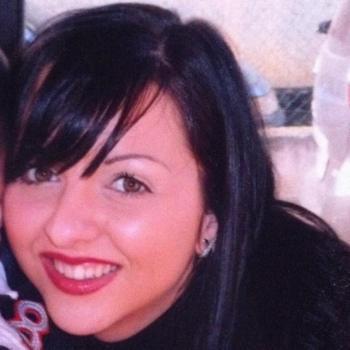 Parent Valence: job de garde d'enfants Coralie