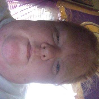 Babysitter in Evansville: Sheena