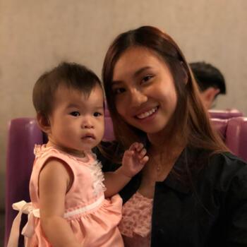 Babysitter Singapore: Li Shi