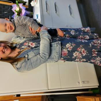 Babysitting job in Kaimai: babysitting job Sharon