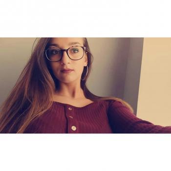 Baby-sitter Tournai: Laura