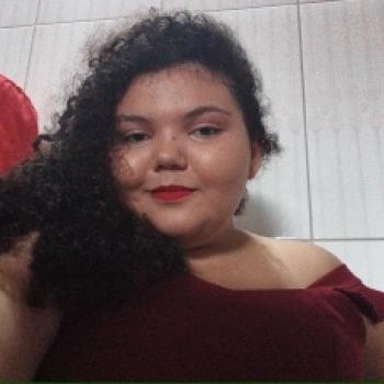 Babá em Cascavel (Ceará): Clara