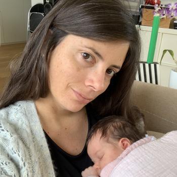 Offres d'emploi de nounous à Neuilly-sur-Seine: job de garde d'enfants Laura P