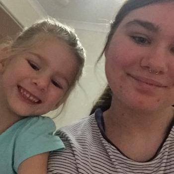 Babysitter Caboolture: Karmen