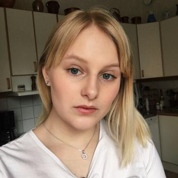 Barnvakt Uppsala: Thea