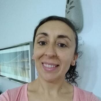 Niñera en Pilar: Lorena
