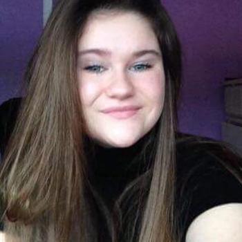 Babysitter Brossard: Claudia Switzer