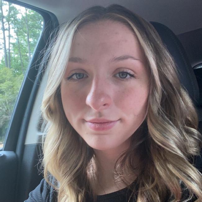 Babysitter in Marietta (Georgia): Erin
