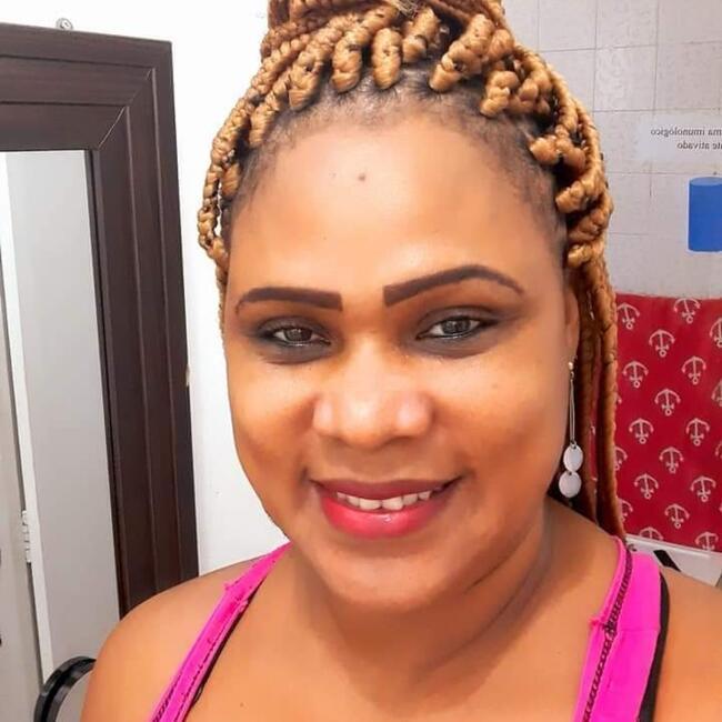 Babá em Salvador: Tanea