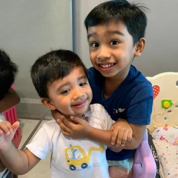 父母 新加坡: Shoban