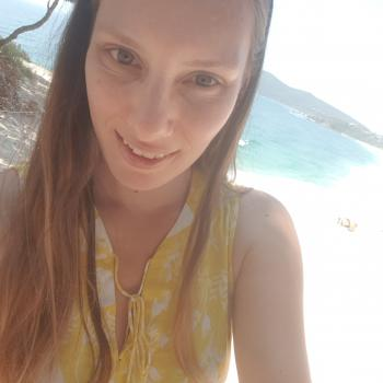 Babysitter Port Macquarie: Karleena