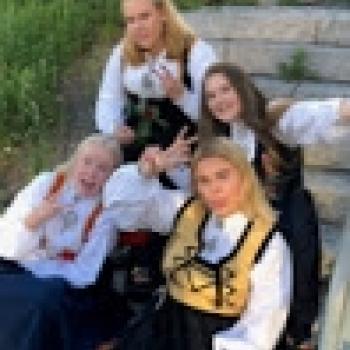 Barnevakter Larvik: Linnea