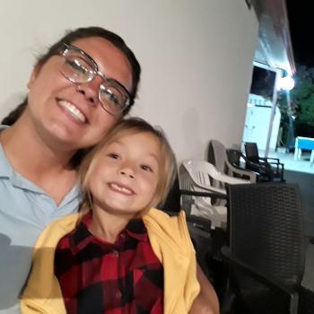 Babysitter Naples: Melania H'Enrici