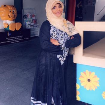 Babysitter Singapore: Dhielsath