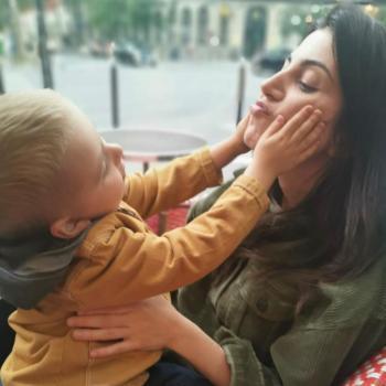Baby-sitting Paris: job de garde d'enfants Cons