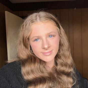 Babysitter in Belgrave South: Illyah