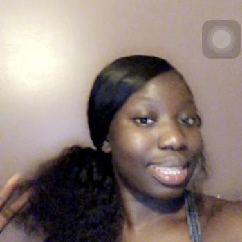 Babysitter Bridgeport: Aisha