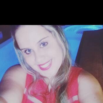 Babá em Ribeirão Preto: Amanda