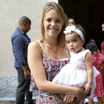 Babá em Recife: Rosana