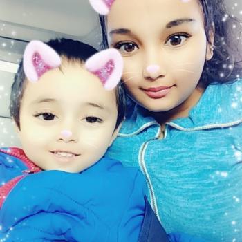 Babysitter Toronto: Nastaran Rezaee