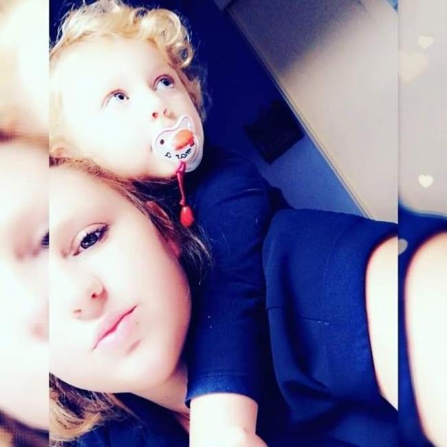 Babysitter in Brugge: Shirley Esmee