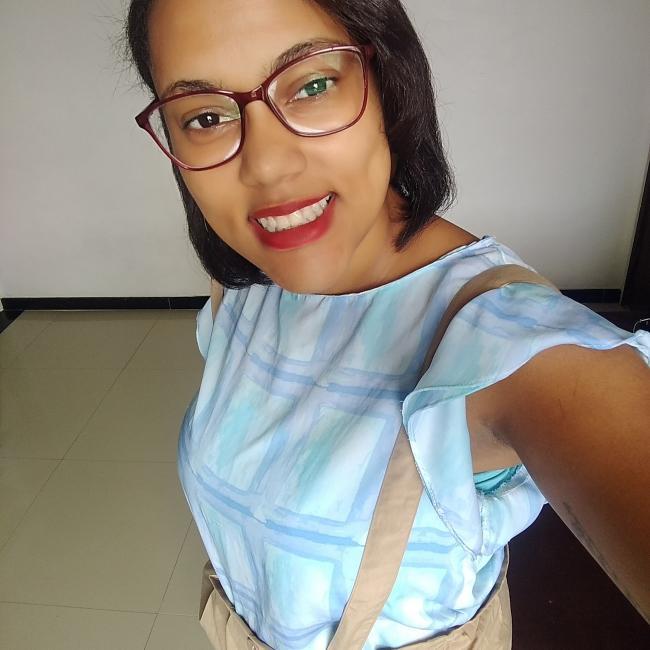 Babá em Salvador: Michele