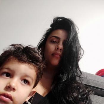 Emprego de babá Belo Horizonte: emprego de babá Lívia