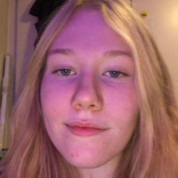 Babysitters in Odense: Anna-Victoria Sundbo