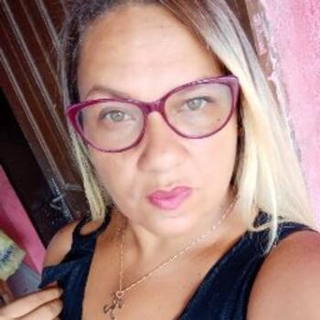 Babysitter in Santa Rita: Karina