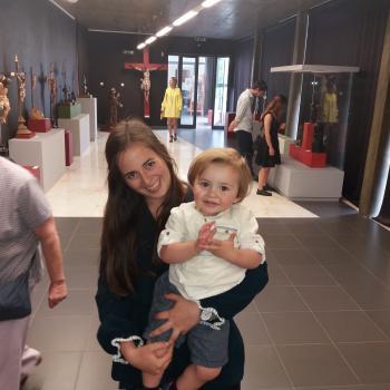 Babysitter Evora: Ana