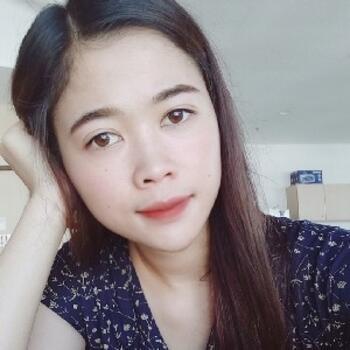 Babysitter in Singapore: Yumi