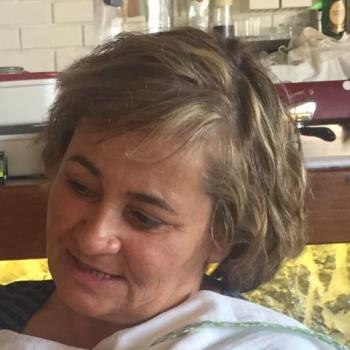 Babysitter Setúbal: Angela
