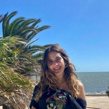 Babysitter in Costa Azul: Vale
