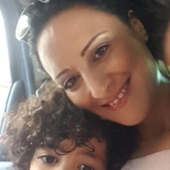 Babysitter Marseille: Yamna