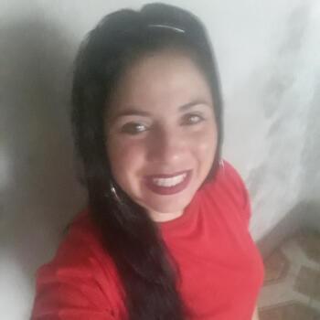 Babá em Florianópolis: Taiane