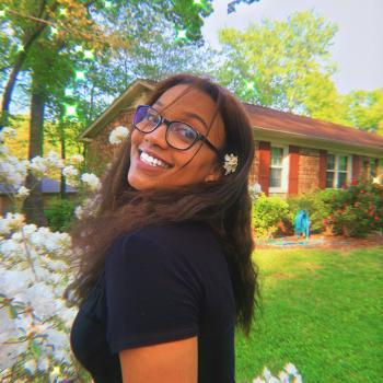 Babysitter Greensboro: Tasleem