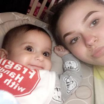 Babysitter Oldbury: Dominika