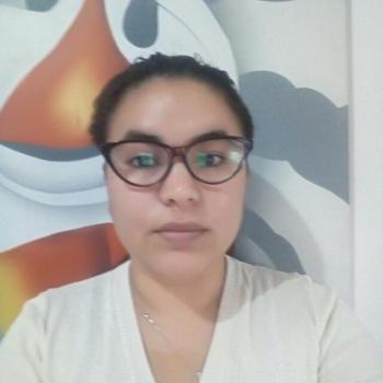 Niñera Isidro Casanova: Liliana