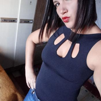 Babá Goiânia: Claudia stephany