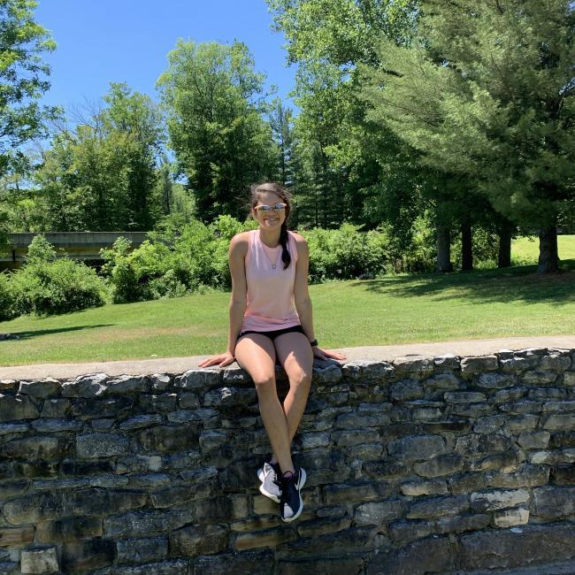 Babysitter in Evansville: Lauren