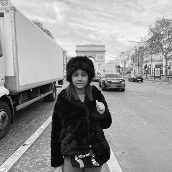 Baby-sitter in Marseille: Tara