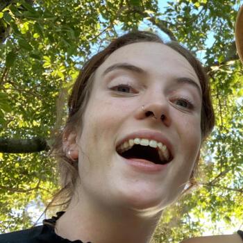 Babysitter in Townsville: Erin
