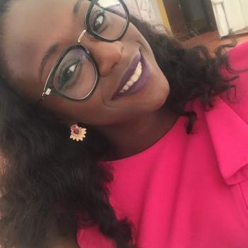 Babysitter Loures: Naiola Karina Da