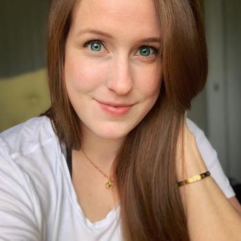 Babysitter Surrey: Rachel