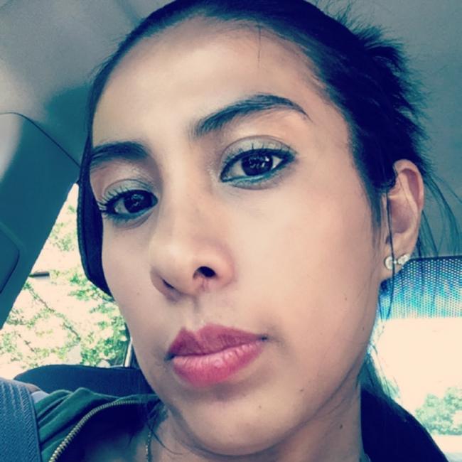Babysitter in Chicago: Adriana