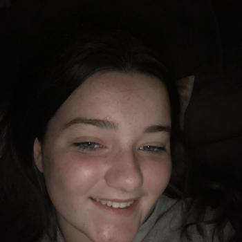 Babysitter in Navan: Caitlin
