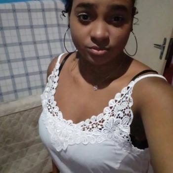 Babá Mogi das Cruzes: Stefany