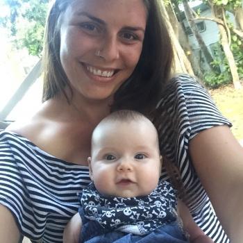 Babysitter Torquay: Brooke