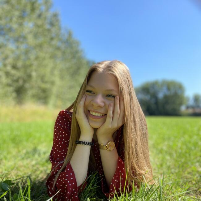 Babysitter in Kessel: Helena
